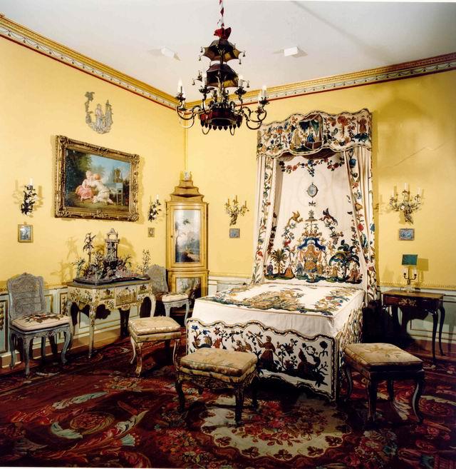 La Camera da letto bandera - Museo Accorsi , Torino