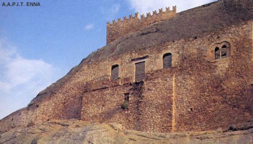 Castello di Sperlinga - A.A.P.I.T. ENNA