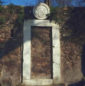 Leggende della citt eterna - Porta magica piazza vittorio ...