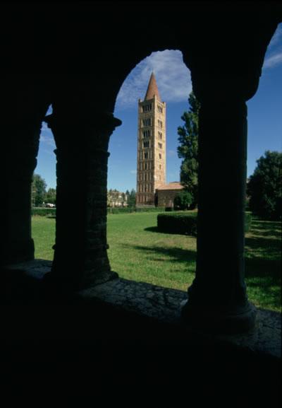 Pomposa Abbazia (c) Archivio Fotografico della Provincia di Ferrara