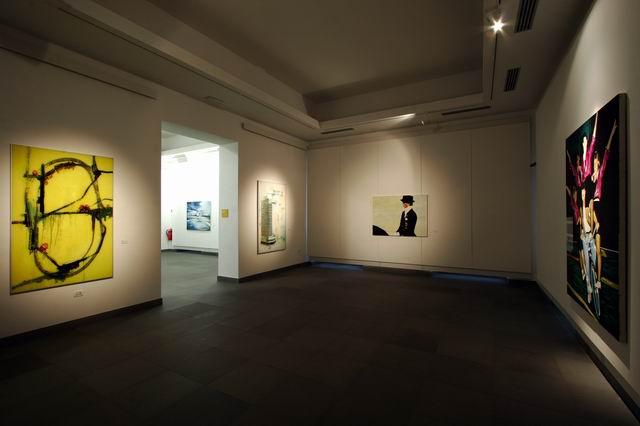CAMEC La Spezia: Particolare dell'allestimento del Premio del Golfo 2004, Biennale Europea Arti Visive (foto di  Enrico Amici)