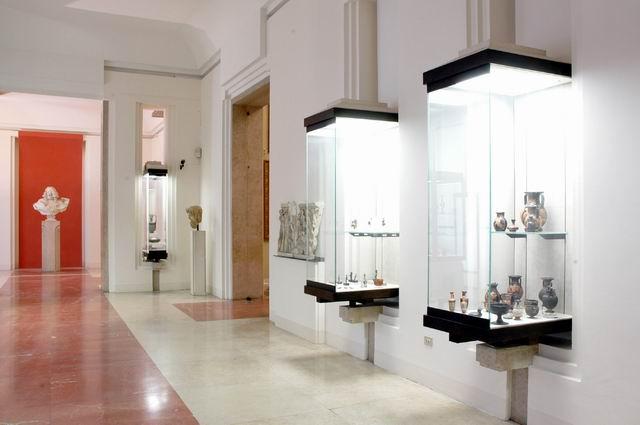Galleria Estense di Modena: nuovo allestimento (dicembre 2006)