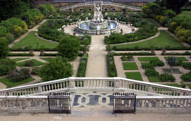 Palazzo del Principe - Giardino Centrale