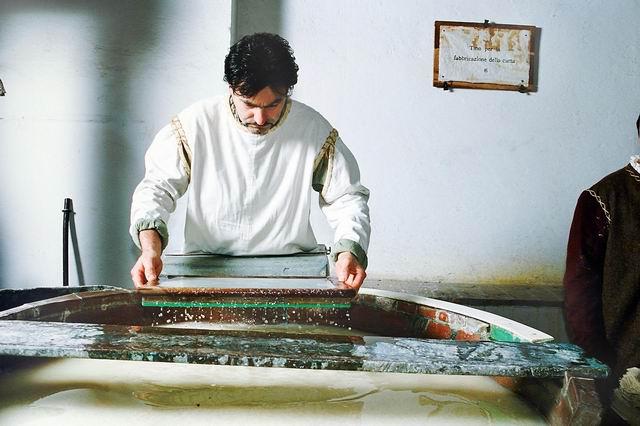 Museo della Carta e della Filigrana: Mastro Cartaio (Fabriano - AN)