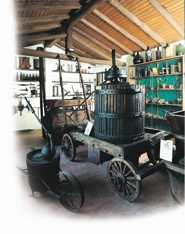 Museo Agricolo e del Vino, Sala Enologia - Capriolo, Brescia