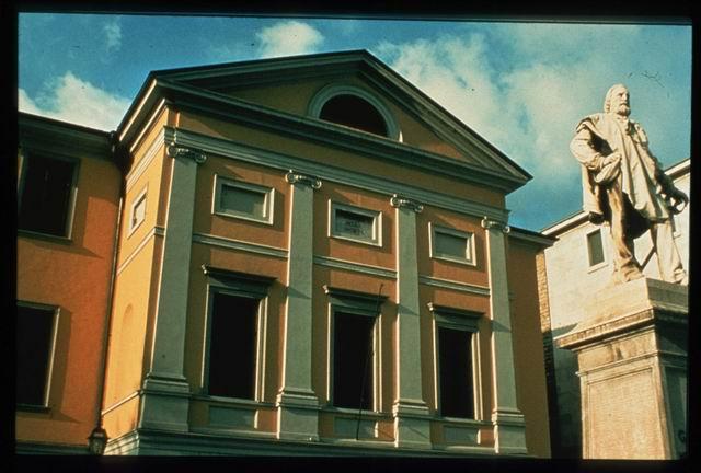 Lecco, Teatro della Società (foto Archivio Provincia di Lecco)
