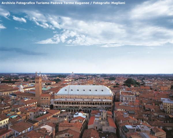 PALAZZO DELLA RAGIONE - (C)Archivio Fotografico Turismo Padova Terme Euganee/fotografo: Danesin