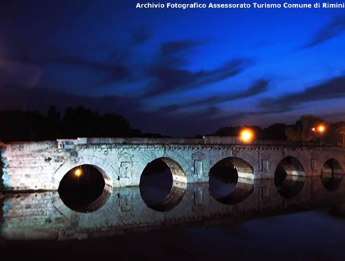 Ponte Tiberio - Archivio Fotografico Assessorato Turismo Comune di Rimini