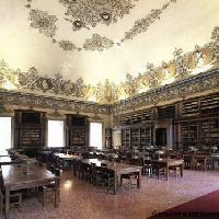 La biblioteca nazionale di Napoli