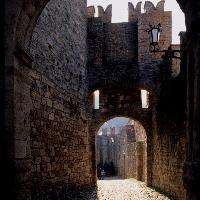 Castello di Vigoleno - Per concessione dell\'archivio immagini della Provincia di Piacenza - Immagine realizzata dal fotografo PERAZZOLI