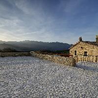 Castel del Giudice - Borgotufi - Esterno