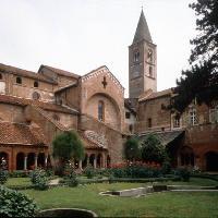 Abbazia di Staffarda a Revello (Archivio A.T.L. del Cuneese)