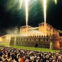 Castello in notturna - Ufficio Turismo Comune di Fontanellato
