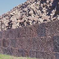 Lipari, Mura Antiche  - AAST Isole Eolie