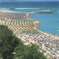 La costa pesarese - (foto Prov. Pesaro Urbino - Assessorato al Turismo)